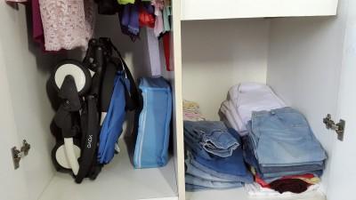 Yoyo disimpan didalam lemari pakaian