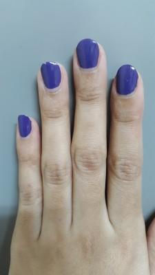 Sekitar 2 jam setelah pemakaian agak terkelupas (jari manis) dan agak berkerut (jari telunjuk)
