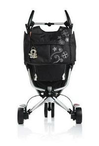 Tas digantung di stroller yang mempunyai handle bar (pegangan) terpisah*